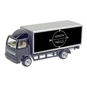 zwarte model vrachwagen arrow nails